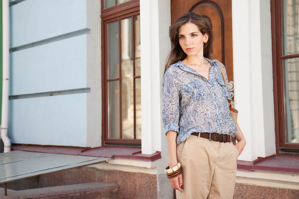 Шорты свободного кроя и шелковая рубашка в Daily Look 16.08.2014_3